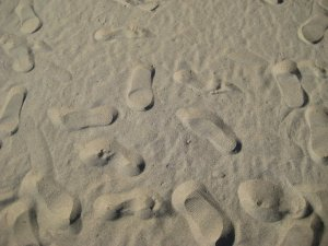 footsteps-on-sand